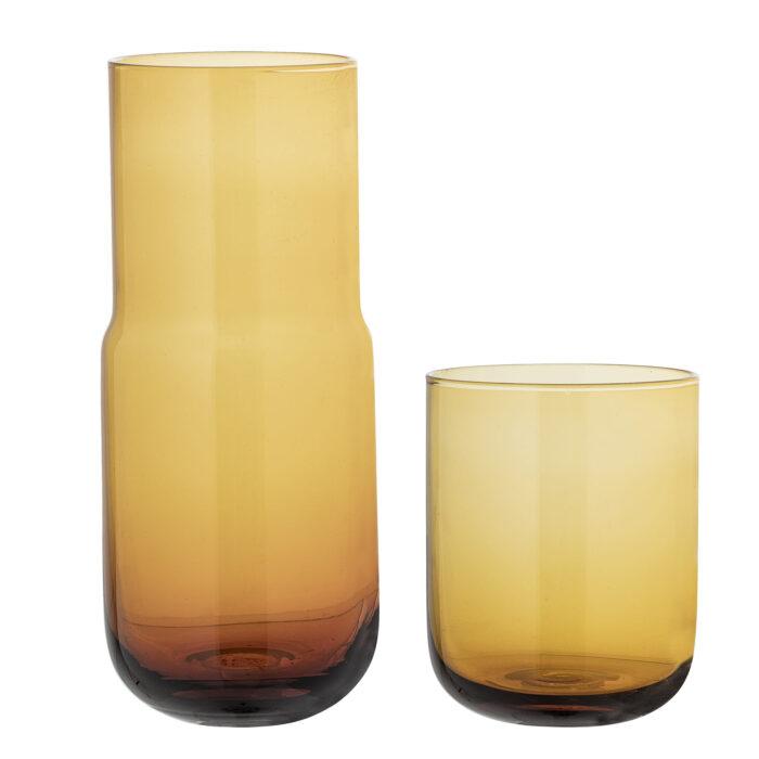 Skleněná karafa se sklenicí