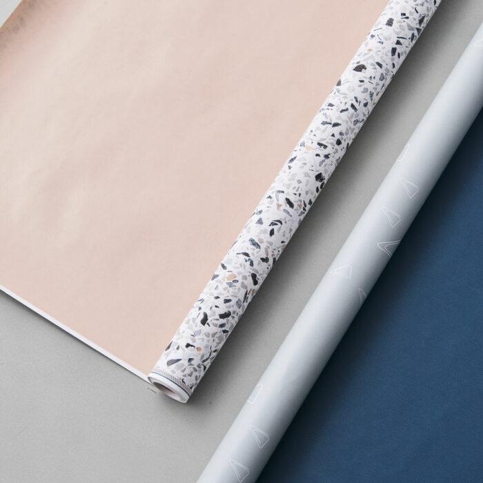 Oboustranný balící papír Terrazzo